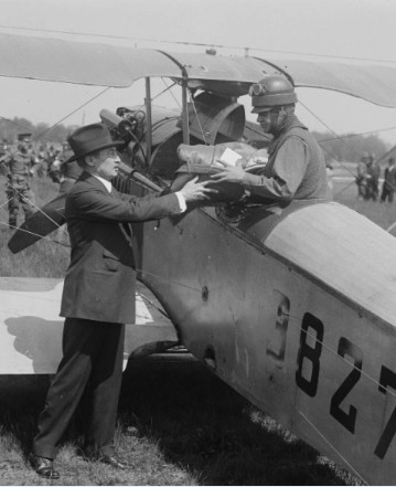 Pilot prepares to leave on the first official airmail route.